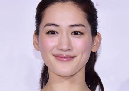 綾瀬はるかは整形ではない!デビュー当時と現在の顔のパーツを徹底比較!